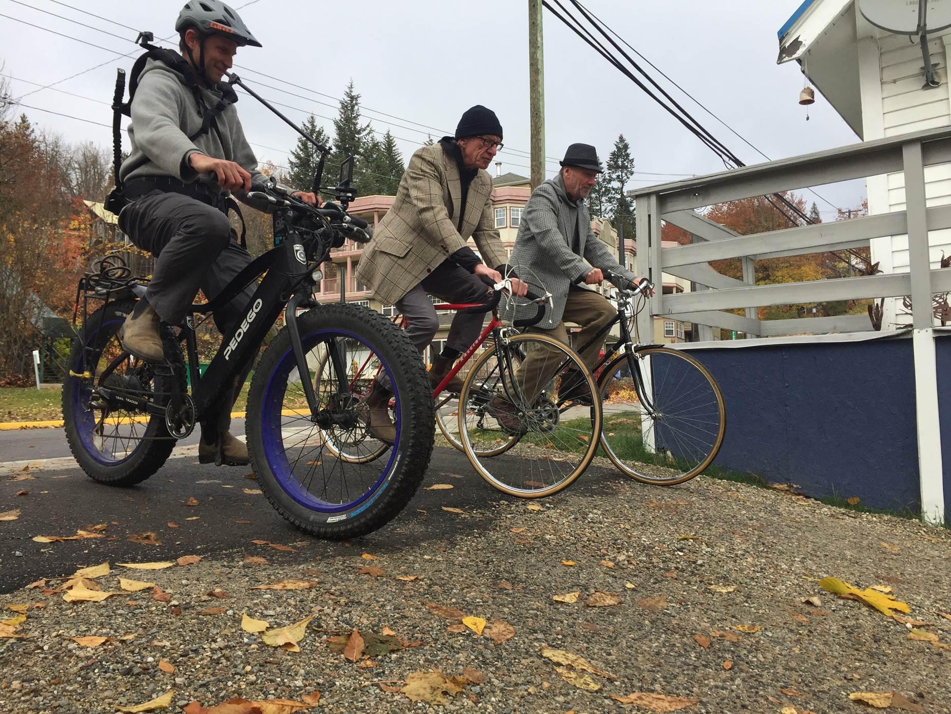 Derek Frankowski Filming with his Pedego Trail Tracker